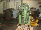 Die Fahr – Bucher – Maschine wird mit Brennscheider in zwei Teile Zerlegt